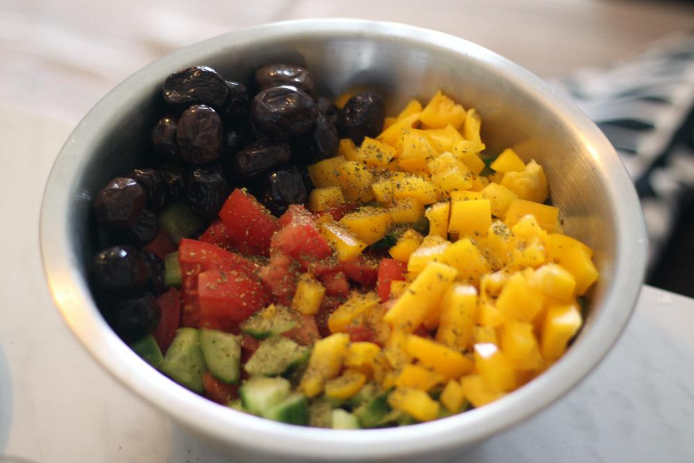 Melange de légumes pour salade grecque